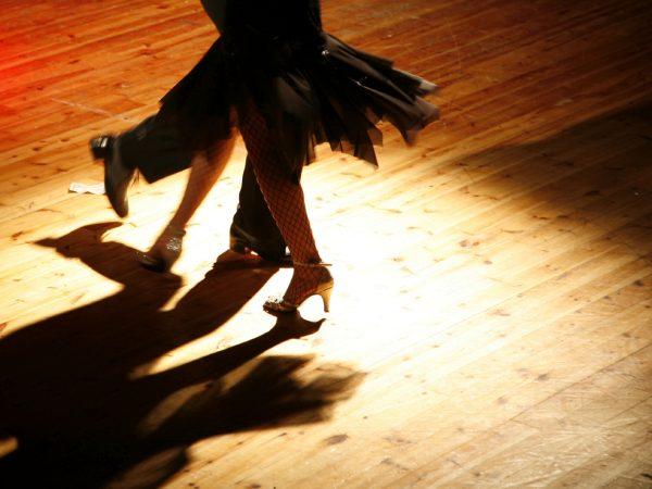 man and woman tango dancing